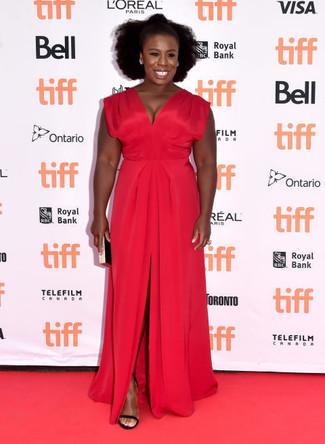 Vestido de noche con recorte rojo sandalias de tacon de ante negras cartera sobre en negro y dorado large 22637