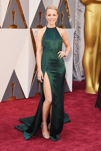 Zapatos para un vestido verde oscuro