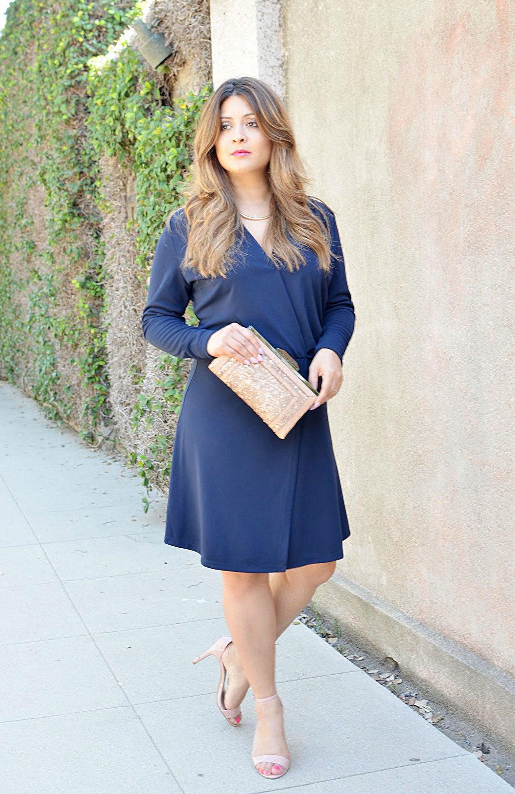 Vestido azul y beige