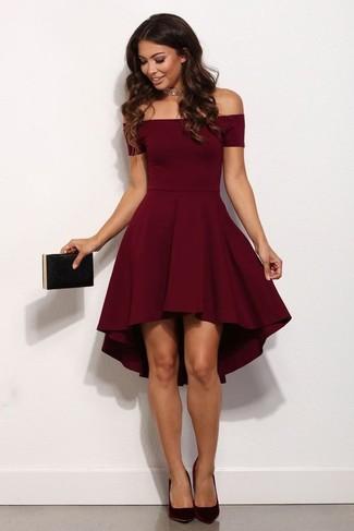 Cómo Combinar Un Vestido De Vuelo Rojo Con Unos Zapatos De