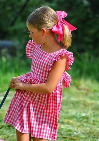 Cómo combinar: vestido rosa