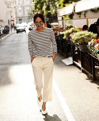 How to wear: white and black horizontal striped long sleeve t-shirt, white wide leg pants, white leather ballerina shoes, grey sunglasses