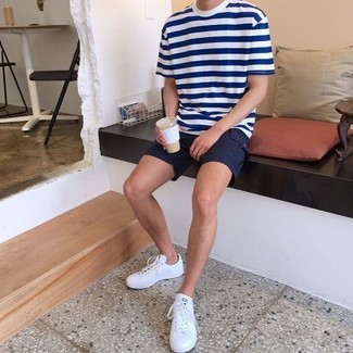 How to wear: white and navy horizontal striped crew-neck t-shirt, black shorts, white leather low top sneakers