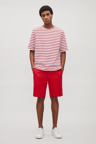 How to wear: white and red horizontal striped crew-neck t-shirt, red shorts, white leather low top sneakers