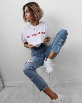 How to wear: white and red print crew-neck t-shirt, light blue ripped jeans, white athletic shoes
