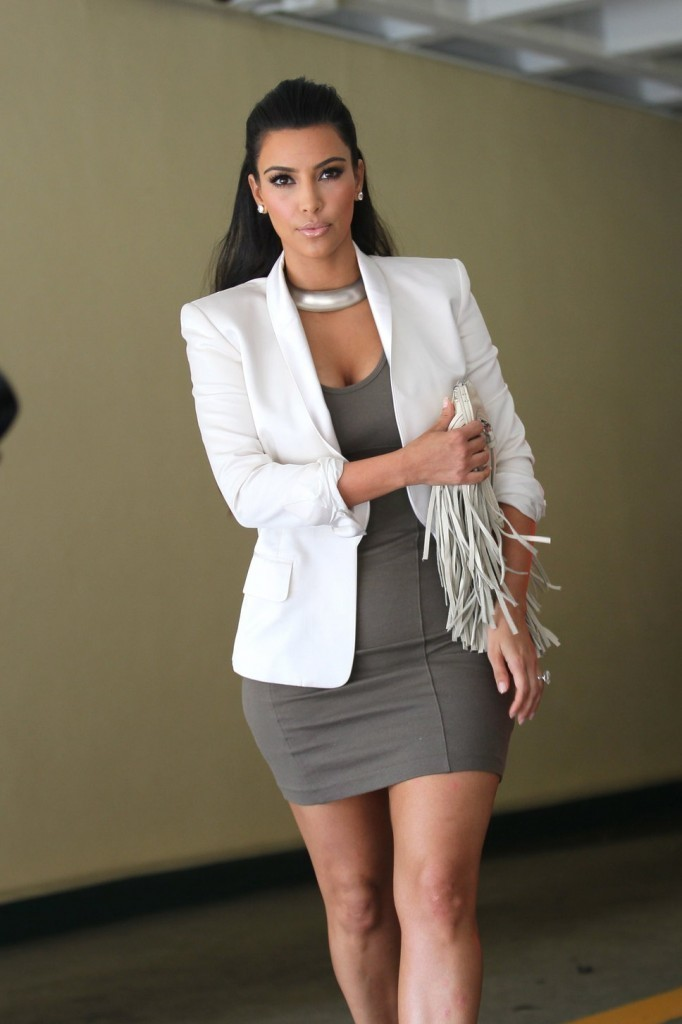 4e9a6e58ebf Kim Kardashian Style   Looks