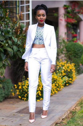Dress in a Theory Modern Grinson Silk Blazer and white dress pants for a casual level of dress. Look at how well this look is rounded off with pink leather pumps. You can't go wrong with this one on a warm hot weather afternoon.