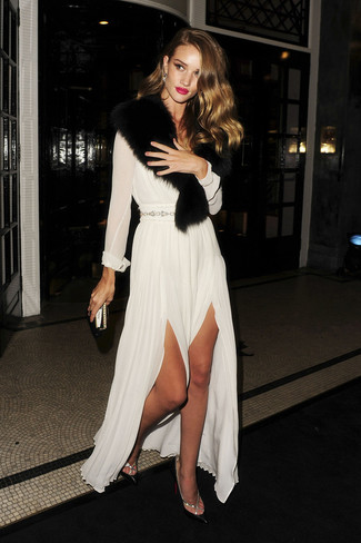 How to wear: white chiffon evening dress, black leather pumps, black fur scarf