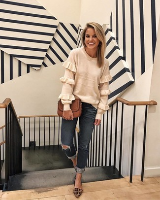 How to wear: white ruffle crew-neck sweater, charcoal ripped boyfriend jeans, brown leopard suede pumps, brown leather crossbody bag