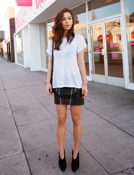 Women's White Crew-neck T-shirt, Black Leather Mini Skirt, Black Suede  Ankle Boots, Black Leather Crossbody Bag | Women's Fashion
