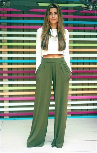 How to wear: white cropped sweater, green wide leg pants, gold necklace
