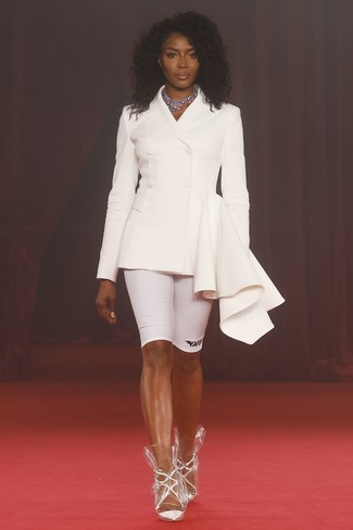 How to wear: white double breasted blazer, white bike shorts, white leather pumps, silver necklace
