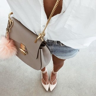 How to wear: white dress shirt, light blue denim shorts, white leather ballerina shoes, grey leather crossbody bag