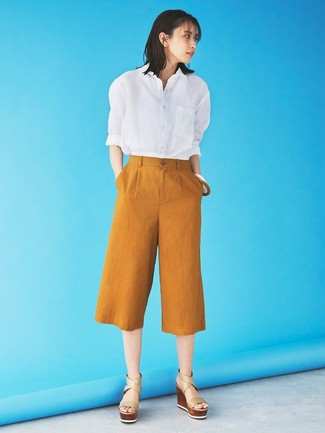 How to wear: white dress shirt, tobacco culottes, beige leather wedge sandals