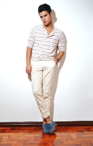 How to Wear Blue Dress Shoes For Men: Try teaming a white horizontal striped henley shirt with beige chinos to pull together an interesting and current laid-back ensemble. For a sleeker spin, why not complete this getup with a pair of blue dress shoes?