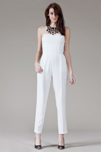 A cool look like this one is just what you need on a hot warm weather afternoon.