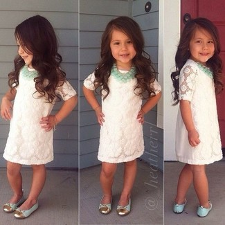 How to wear: white lace dress, mint ballet flats