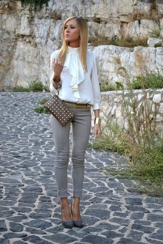 How to wear: white ruffle long sleeve blouse, grey skinny pants, grey suede pumps, brown leather clutch