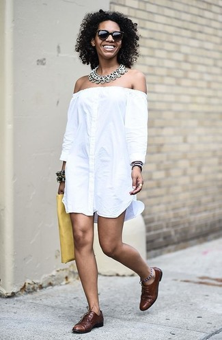 How to wear: white off shoulder dress, brown leather oxford shoes, yellow leather clutch, clear necklace