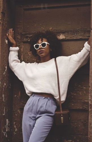 Team a white oversized sweater with Wildfox Couture Wildfox Grande Dame Sunglasses 58mm 100% to get a laid-back yet stylish look. Loving this one, especially for springtime.