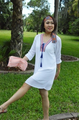 How to wear: white embroidered shift dress, orange thong sandals, orange clutch, orange embroidered headband