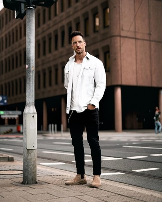 How to wear: white shirt jacket, white crew-neck t-shirt, black jeans, brown suede chelsea boots