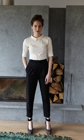 How to wear: white short sleeve blouse, black tapered pants, black suede pumps