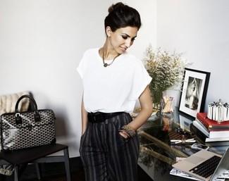 White short sleeve blouse charcoal dress pants black and white tote bag black belt large 2608