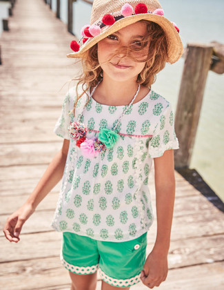 Girls' White Short Sleeve Blouse, Green Shorts, Beige Straw Hat