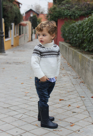 How to wear: white fair isle sweater, blue gingham long sleeve shirt, navy jeans, black rain boots