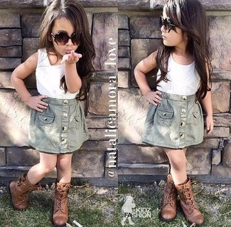 How to wear: white tank top, grey skirt, brown boots