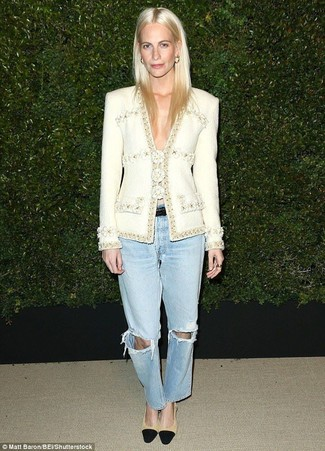 How to wear: white tweed jacket, light blue ripped boyfriend jeans, black and tan suede pumps