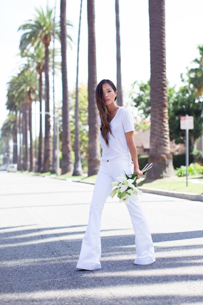 How to Wear White Flare Jeans (4 looks) | Women's Fashion