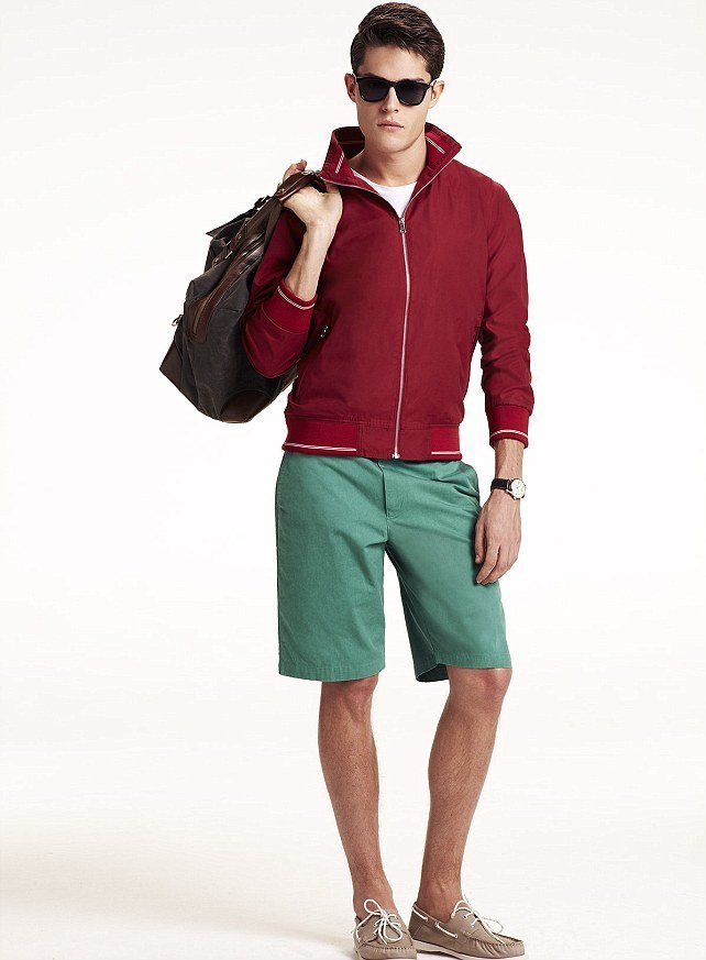 How To Wear Boat Shoes With Green Shorts | Men's Fashion