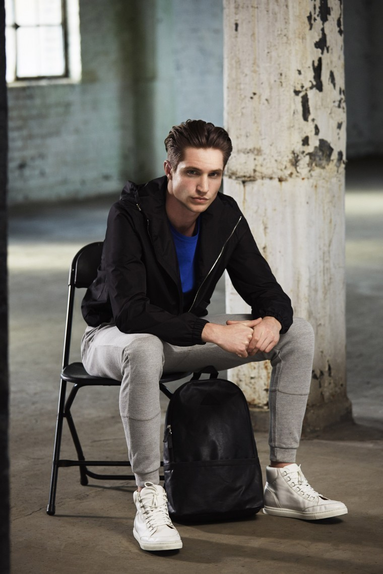 Black t shirt grey pants - Marry A Black Windbreaker With Grey Jogging Pants For A Weekend Friendly Look Round