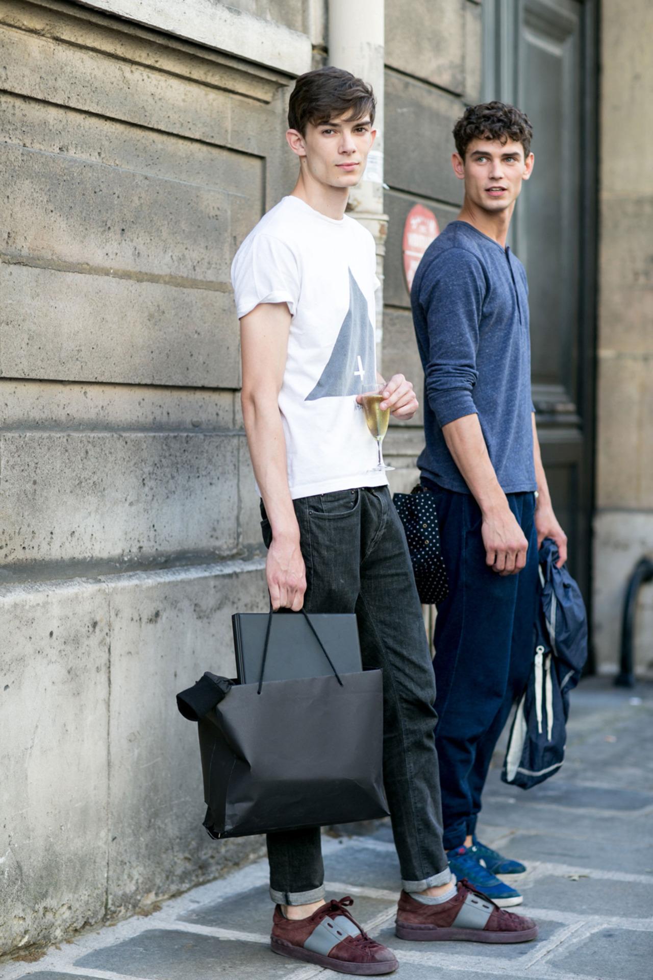 How to Wear Navy Sweatpants (27 looks) | Men\u0027s Fashion