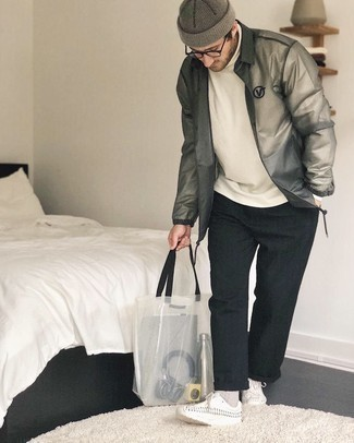Sweater Outfits For Men: If you love relaxed casual style, why not team a sweater with black chinos? To give your overall ensemble a dressier vibe, why not introduce white leather desert boots to the equation?
