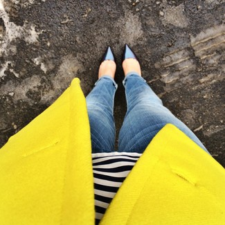 Women's Yellow Blazer, Navy and White Horizontal Striped Henley Shirt, Blue Boyfriend Jeans, Navy Leather Pumps