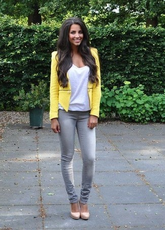 A jacket and grey skinny jeans are great staples that will integrate perfectly within your current looks. A pair of cream leather pumps will seamlessly integrate within a variety of outfits.