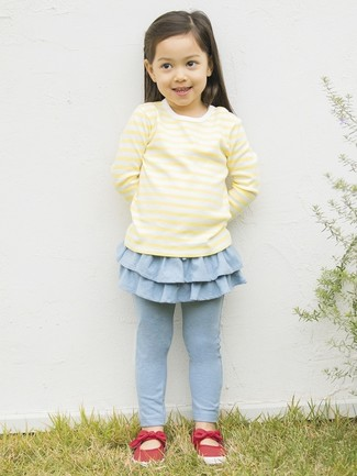 How to Wear a Yellow Long Sleeve T-Shirt For Girls: Dress your mini fashionista in a yellow long sleeve t-shirt and light blue leggings for a laid-back yet fashion-forward outfit. Red ballet flats are a smart choice to finish this style.
