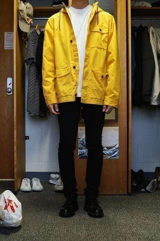 Men's Looks & Outfits: What To Wear In 2020: Want to infuse your menswear collection with some urban menswear style? Choose a yellow parka and black skinny jeans. Black leather derby shoes will immediately smarten up any outfit.