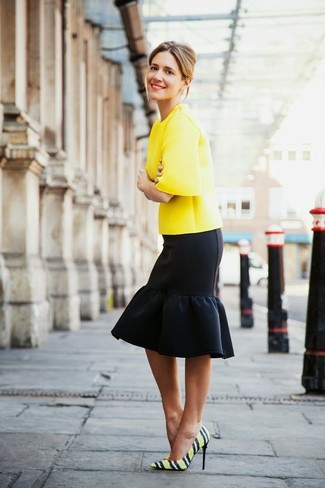 How to Wear Yellow Horizontal Striped Leather Pumps: This combo of a yellow short sleeve blouse and a black ruffle pencil skirt is a safe and very fashionable bet. This ensemble is completed wonderfully with yellow horizontal striped leather pumps.