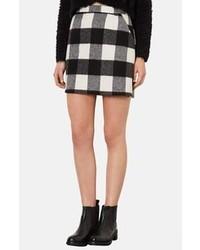 Minifalda a cuadros en negro y blanco de Topshop