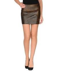 Minifalda de cuero en marrón oscuro