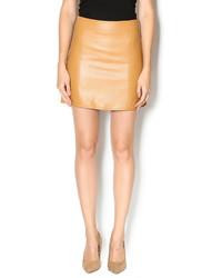 Minifalda de cuero marrón claro