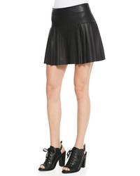 Minifalda de cuero plisada negra de Twelfth St. By Cynthia Vincent