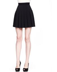 Minifalda plisada negra de Alexander McQueen