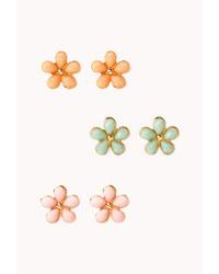 Forever 21 Dainty Floral Stud Set