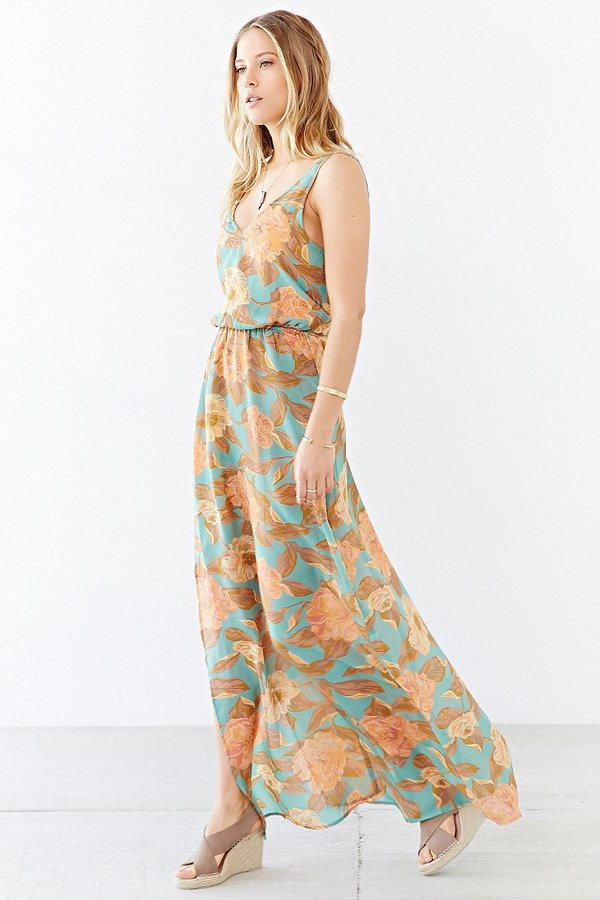 f03cfba0667 ... Urban Outfitters Show Me Your Mumu Kendall Maxi Dress ...