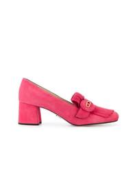 Mocasín de ante con adornos rosa de Prada